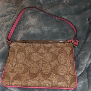 Coach Bags - Coach wallet (great condition)